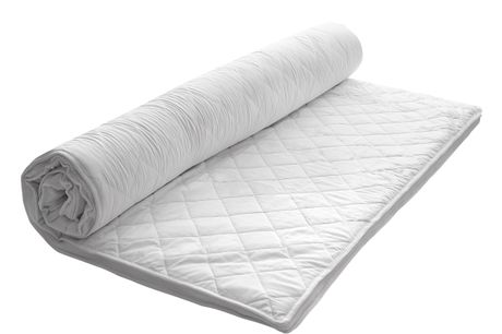 Nocturne Sleep Supreme Topmadras 180 x 200 x 5 cm. Topmadras, aftageligt betræk og kan vaskes ved 40 grader. - T300 betræk og 4 cm memory skumkerne