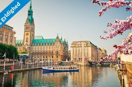 Hamborg: 2-5 dages ophold for    2 voksne og 2 børn.  Vælg mellem 3 steder: A&O Hotels and Hostels I får 1, 2, 3 eller 4 overnatninger på valgte hotel/hostel i Hamborg. Her følger morgenmad til 2 voksne og 2 børn (0-5 år). Opholdet gælder for 2 voksne og
