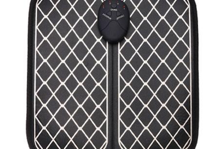 Elektrisches Fußmassagegerät. Bringe das Gefühl eines echten Fußbades in den Komfort deines eigenen ZuhausesStimuliert die Muskeln von Füßen und Waden mithilfe der Niederfrequenz-ImpulstechnologieFördert die Durchblutung und entspannt die FüßeDas Produkt