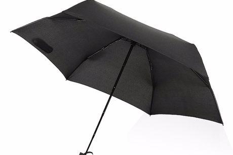 Mini Parapluie Portatif. Minuscule et portable - Convient à n'importe quel sac ou poche. Peut fournir de l'ombre à au moins deux personnes. Romantique non. Fabriqué avec des matériaux durables - Parfait pour tout type de temps. Livré en noir pour complime
