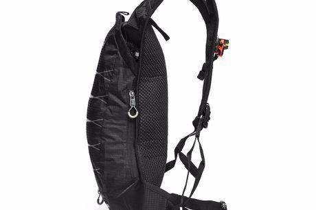Outdoor-Wander-Action-Rucksack. Vermeide unbequeme, lose Rucksäcke, wenn du mit der 3L Hydration Pack Running Backpack Vest unterwegs bist. Sie beinhaltet 3L Wasserspeicher für leicht zugängliche Flüssigkeitszufuhr. Hergestellt aus strapazierfähigem Nylon