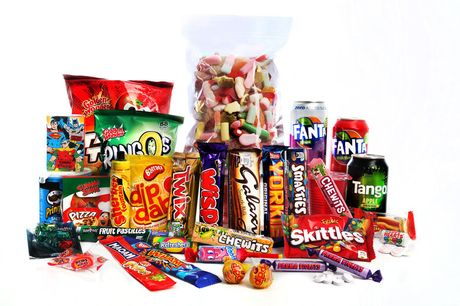 £6 for a small sweets gift hamper, £10 for a medium hamper, £15 for a large hamper, £20 for an extra-large hamper or £30 for the ultimate hamper from Lily's British Candy Shop - save up to 50%
