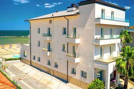 You & Me - 100% rimborsabile, Rimini, Emilia-Romagna - save 37%. undefined