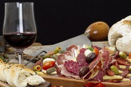 Planche de charcuteries et 1 verre de vin aux choix pour 2 personnes au restaurant Le Royal Lafayette