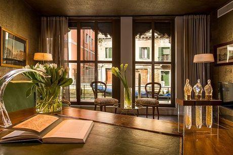 Italia Venezia - SHG Hotel Salute Palace Signature Collection 4* a partire da € 57,00. Elegante boutique hotel 4* in stile veneziano