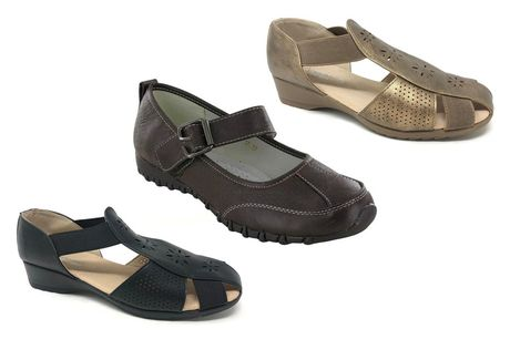 £14.99 for a pair of women's 'fisherman style' sandals or flats in UK sizes 3-8 from Shoe Fest - Choose from two styles
