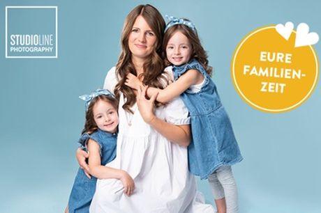 Family-Special: Fotoshooting für 1-6 Personen inkl. Make-up bei STUDIOLINE PHOTOGRAPHY(bis zu 83% sparen*)