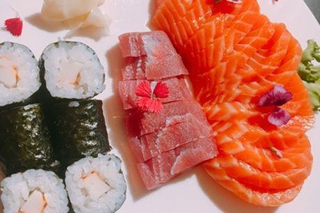 40, 50 o 60 pezzi di sushi con frutta e bottiglia di Chardonnay per 2 persone al Ristorante Jing (sconto fino a 58%)