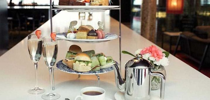 £19 instead of £33.90 for a traditional afternoon tea for two people at the 4* Radisson Blu Hotel, Durham, including parking for up to four hours, £24 to include one glass of Gin & Tonic or Prosecco each - save up to 44%