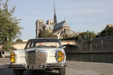 Balade VIP d'1h à Paris en voiture de collection avec chauffeur avec Paris Balade