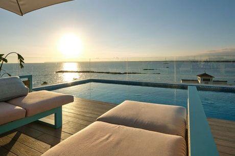 Eleganter Küstenzauber auf Mallorca - Kostenfrei stornierbar, Villa Chiquita Hotel & Spa, Colònia de Sant Jordi, Mallorca, Balearen, Spanien - save 25%
