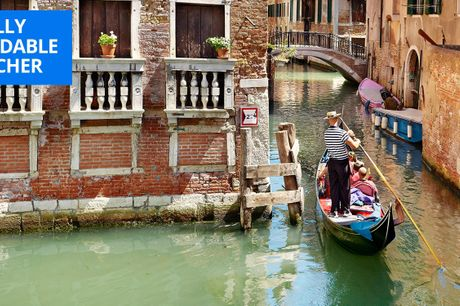 £89 -- Deluxe Venice stay w/wine & transfers, up to 51% off
