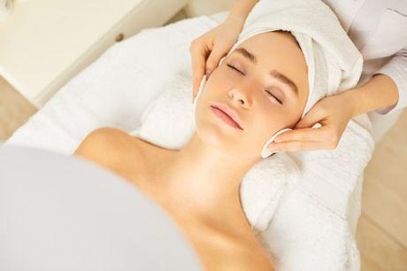 Limpieza facial con diseño, depilación de cejas y opción a tratamiento específico desde 19,99 € enCentro Sánchez Lidón