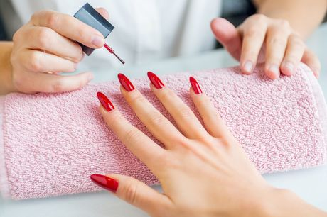 £10 for a gel nails treatment on your hands at Sammys Nails and Beauty, Nottingham. £15 for gel nails and toes