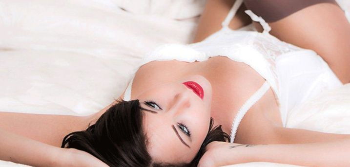 £9 for a boudoir photoshoot for one person at Motion Photo Studio including a makeover using MAC products with two prints!