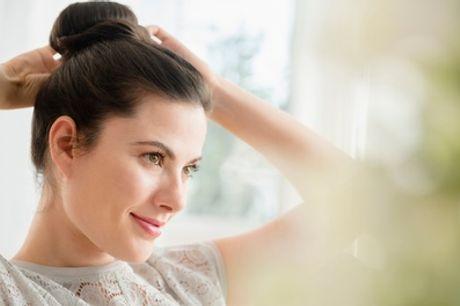 Una sesión de peluquería con corte y opción de tinte o mechas en Julieth Estilistas (hasta 69% de descuento)