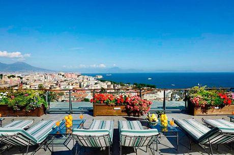 Italia Napoli - Grand Hotel Parker's 5* a partire da € 159,00. Lusso ed eleganza con vista panoramica sul Golfo