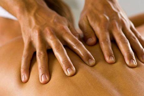 Uno o 3 massaggi a scelta al centro estetico Pleasure Marconi (sconto fino a 70%)