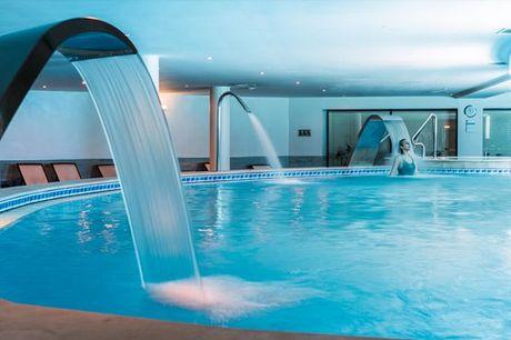 Circuito de Águas + Massagem Relax Localizada (30min) num dos Spas Satsanga Vila Galé no Algarve para 1 ou 2 pessoas desde 39,90€