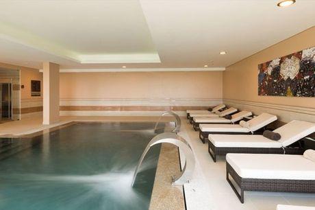 Circuito de Águas + Massagem & Facial Express (50min) no Satsanga Spa Collection Palácio dos Arcos para 1 ou 2 pessoas desde 59,90€