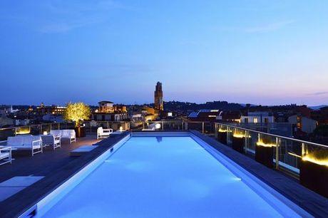Italia Firenze - Glance Hotel In Florence 4* a partire da € 50,00. Piscina con vista all'ultimo piano in 4* nel cuore della città