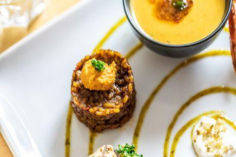 Spar 40% i aften: Le Poêlon D'or går i al sin enkelthed ud på at hygge. Restauranten har taget de bedste elementer fra fransk madlavning og forsøgt at sammensætte det til en komplet oplevelse. Book hér og få rabat på hele regningen i dag!
