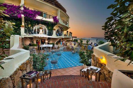 Maritime Strand-Auszeit auf Sardinien - Kostenfrei stornierbar, Club Hotel Baja Sardinia, Sardinien, Italien - save 35%