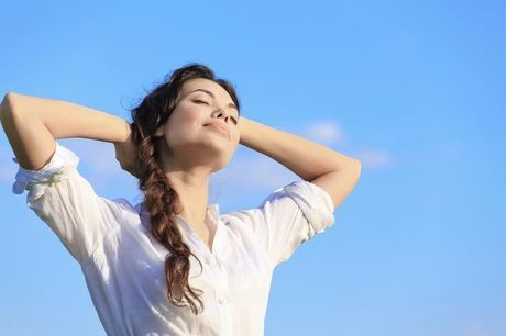 £9 for a 'weight management' and confidence hypnotherapy package with nine modules from Hypnotic Tracks