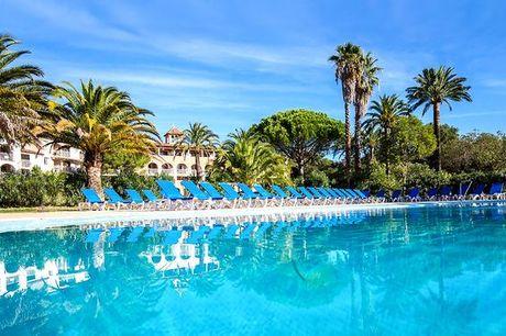 Francia Grimaud - Hotel Soleil Vacances de Saint Tropez 4* a partire da € 55,00. Resort 4* All Inclusive nella splendida Costa Azzurra