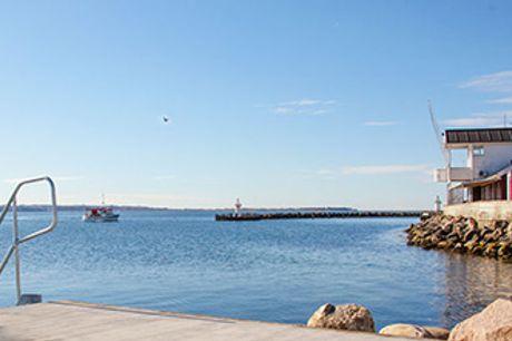 KALØVIG BADEHOTEL ved Aarhus - 1 overnatning og 3-retters middag i maritime rammer.