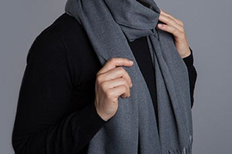 Bløde og moderigtige tørklæder i kashmir. Vælg mellem 8 fine farver.
