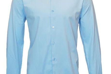 ShapingPerformance Skjorte Hans. De populære ShapingPerformance skjorter er tilbage på hylderne, stadig i den super bløde bomuldskvalitet, med masser af stræk. Udover at være så lækker og blød at man ikke kan mærke at man har den på, så er den også åndbar