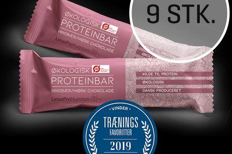 LinusPro Økologisk Proteinbar 9 stk. (Hindbær, 55 g). LinusPro Økologisk proteinbar er en velsmagende bar på 55 gram. Som alle vores ANDRE PROTEINBARER, er den velsmagende og indeholder kun de bedste ingredienser. Findes i 2 smagsvarianter fyldt med sunde