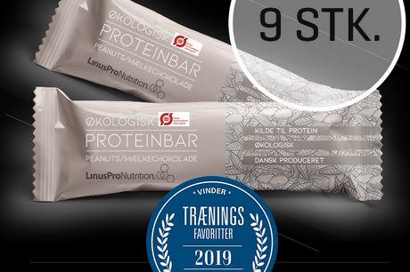 LinusPro Økologisk Proteinbar 9 stk. (Peanut, 55 g). LinusPro Økologisk proteinbar er en velsmagende bar på 55 gram. Som alle vores ANDRE PROTEINBARER, er den velsmagende og indeholder kun de bedste ingredienser. Findes i 2 smagsvarianter fyldt med sunde