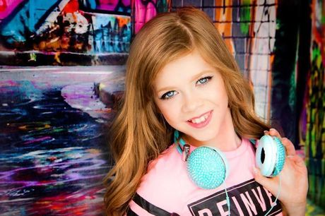 """£12 for a child or teen fashion photoshoot at Pout Photography, Glasgow including a hair and makeup makeover, a 10"""" x 8"""" mounted photograph and two 7"""" x 5"""" prints - save 73%"""