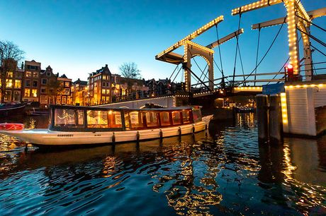 Rondvaart Amsterdam 60 min. door de grachten<br /> Luxe elektrische sloep<br /> Geldig t/m 1 oktober 2021
