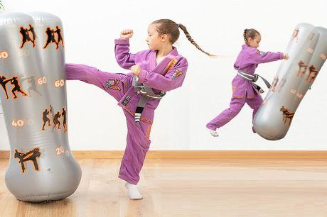 Opblaasbare bokszak voor kinderen Met scorebord en terugvering<br /> Perfecte hoogte voor kinderen<br /> Inclusief handpomp