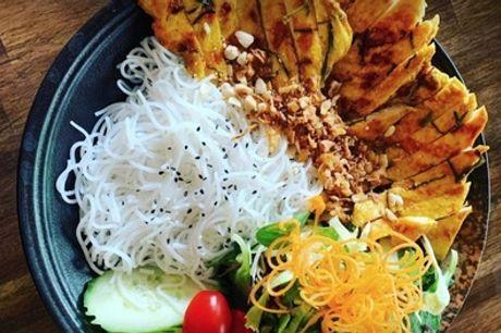 Asiatisches 2-Gänge-Menü für 1, 2 oder 4 Personen im Maison Viet (bis zu 36% sparen*)