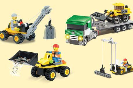 4-in-1 Blocki bouwvoertuigen bouwset Hijskraan, vrachtwagen & heftruck!<br /> Te combineren met andere bouwstenen<br /> Geschikt voor kinderen vanaf 6 jaar