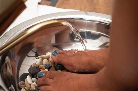 Tenha novamente umas mãos e pés dos quais se orgulhe e aproveite já uma Manicure + Pedicure com Óleos essenciais do Terra na Functional Drop por apenas 19,90€ .