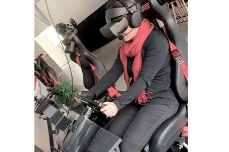 Bestseller: Ultimativ VR racing-oplevelse  - Frit valg af racerbiler - 10 minutters introduktion - 20 minutters banekørsel - Gruppestørrelse: 1-16 (for grupper over 8 bliver i delt i 2 hold)