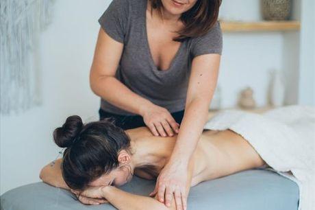 Com esta experiência poderá desfrutar de uma massagem relaxante com óleos essenciais e de uma esfoliação corporal, tudo isto num único momento dedicado a si! Aproveite agora, para 2 pessoas por apenas 49,9€