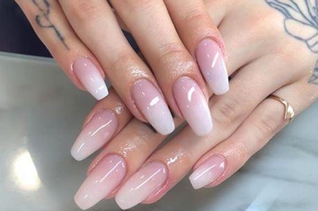 Beauté des mains, pose de faux-ongles et vernis semi-permanent couleur/baby boomer, pour 1 avec 5 bien être Paris 5ème