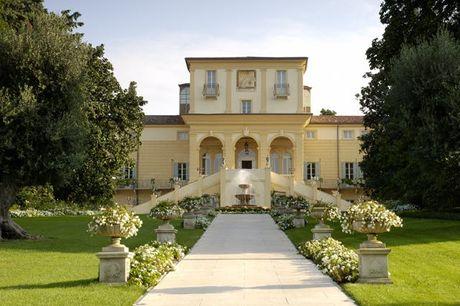 Kunstvolle Villa vor den Toren von Verona - Kostenfrei stornierbar, Byblos Art Hotel Villa Amistà, San Pietro in Cariano, Venetien, Italien - save 58%