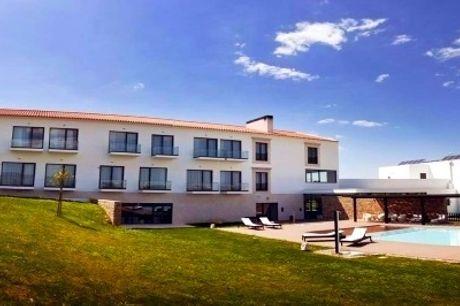 Real Abadia Congress & Spa Hotel 4*: Estadia de Charme com Pequeno-almoço, SPA e Opção de Massagem, Visitas e Provas de Vinho. Envolva-se!