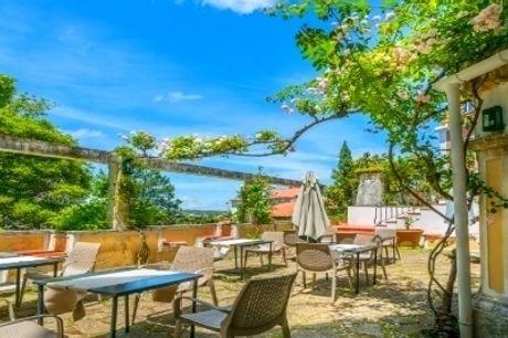 Lawrence's Hotel 5*: Estadia no coração da Vila Histórica de Sintra no Hotel d'Os Maias. Celebre o Amor em Família! CRIANÇA GRÁTIS!