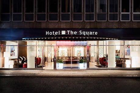 Storbyophold med 1 flaske champagne - for 2 - 1 overnatning med udsigt til Rådhuspladsen - Morgenmad på sengen - Adgang til Executive lounge - 10% rabat på hele regningen i Restaurant L'Appetito på Imperial Hotel