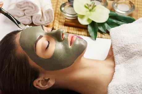 £9 instead of £309 for an online facial certificate course from Institute of Beauty & Makeup - save 97%