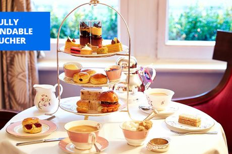 £49 -- 'Majestic' London hotel: afternoon tea & bubbly for 2