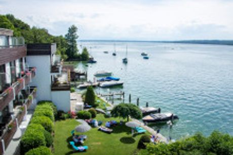 Genießen Sie entspannte Tage direkt am Ufer des Starnberger Sees. Am sonnigen Ostufer des Starnberger Sees liegt das Seehotel Leoni, ein kleines Paradies, vor den Toren Münchens. In 69 Zimmern und Suiten residieren Sie mit Blick auf den Starnberger See un